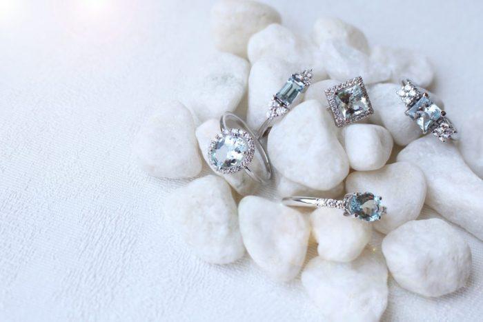 anillo aguamarina oval