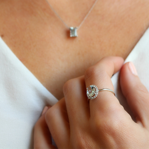 anillo aguamarina diamantes oro blanco