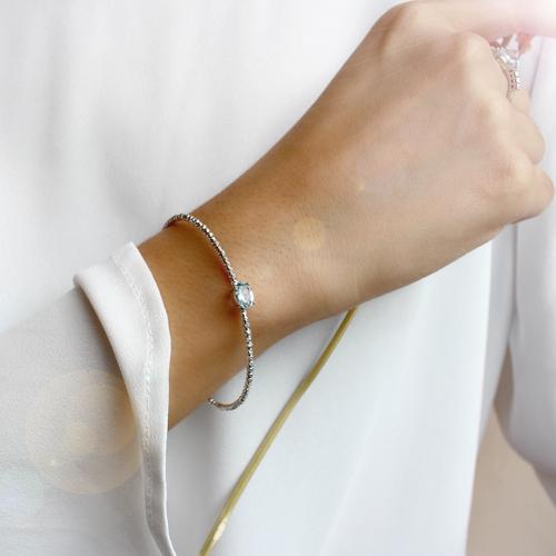 pulsera de oro blanco con aguamarina y diamantes