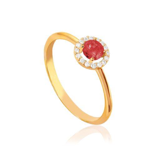 anillo de oro rosa con rosetón de diamantes y rubi