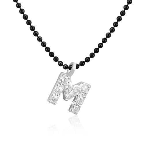 gargantilla personalizada con inicial de oro y diamantes