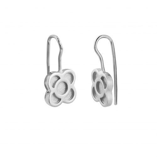 pendientes de plata largos con flor Barcelona